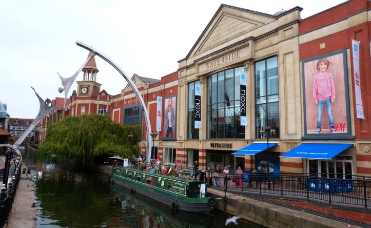waterside-shopping-centre-2-web